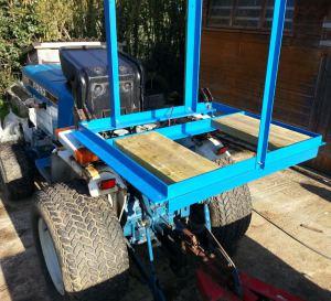 little-oak-vineyard-tractor-sprayer-frame